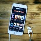 Gratis de RedRoom app van The Voice of Holland downloaden