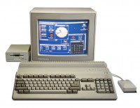 Commodore Amiga 500 / Bron: Bill Bertram, Wikimedia Commons (CC BY-SA-2.5)